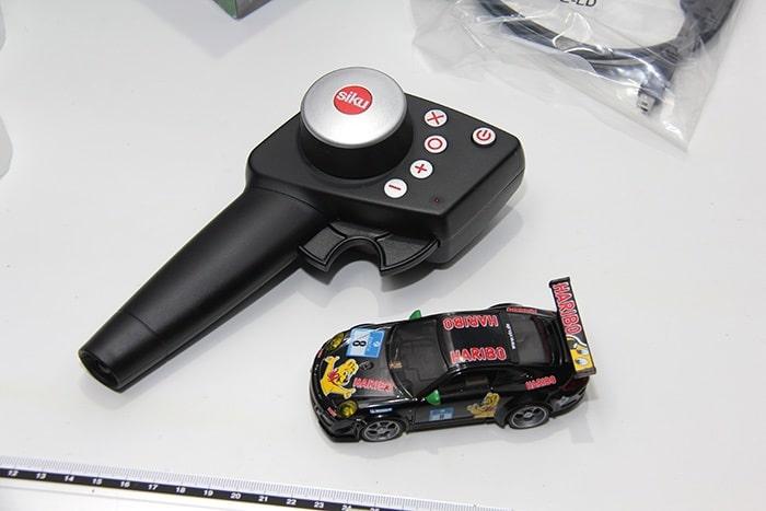 SIKU-racing Fernbedienung und Fahrzeug