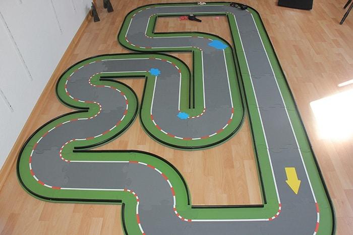 SIKU-racing Strecke mit 32 Teilen