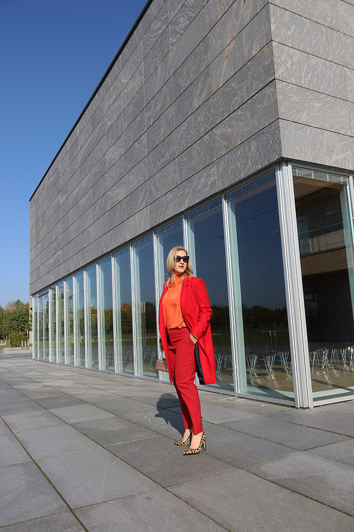 Outfit: All Over Classy Red Look - Das rote Outfit - Relana