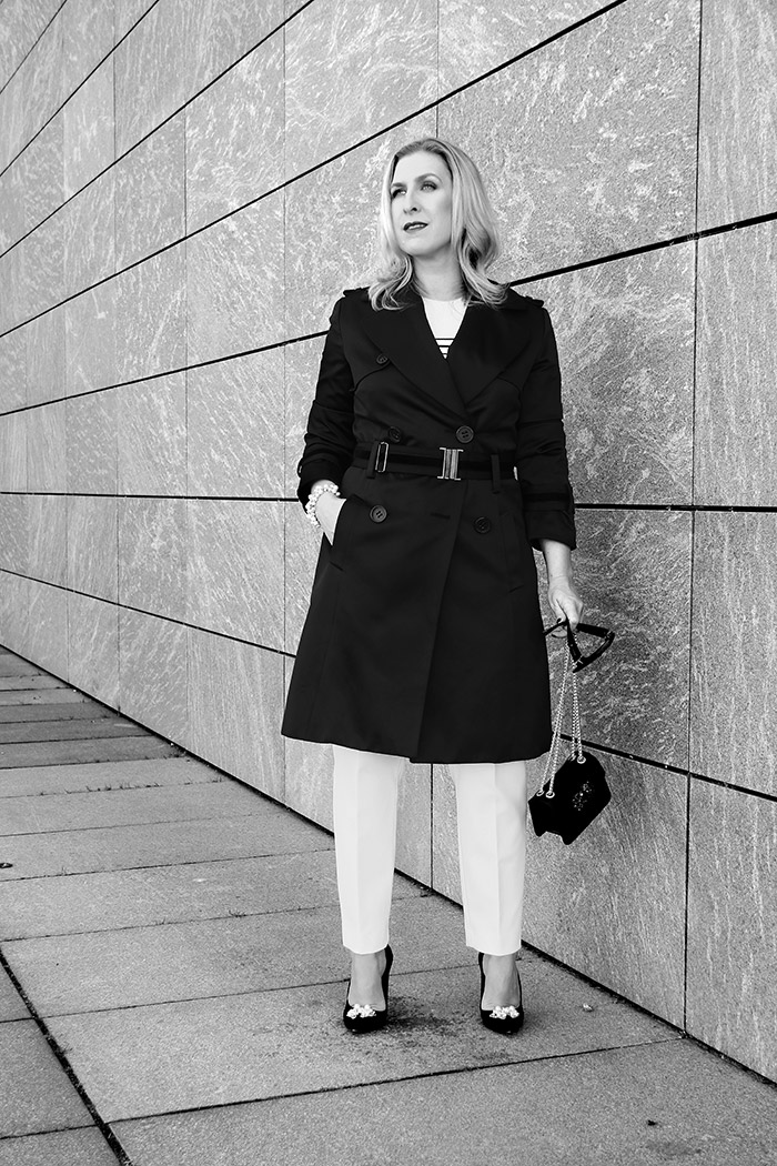 Black & White - Relana