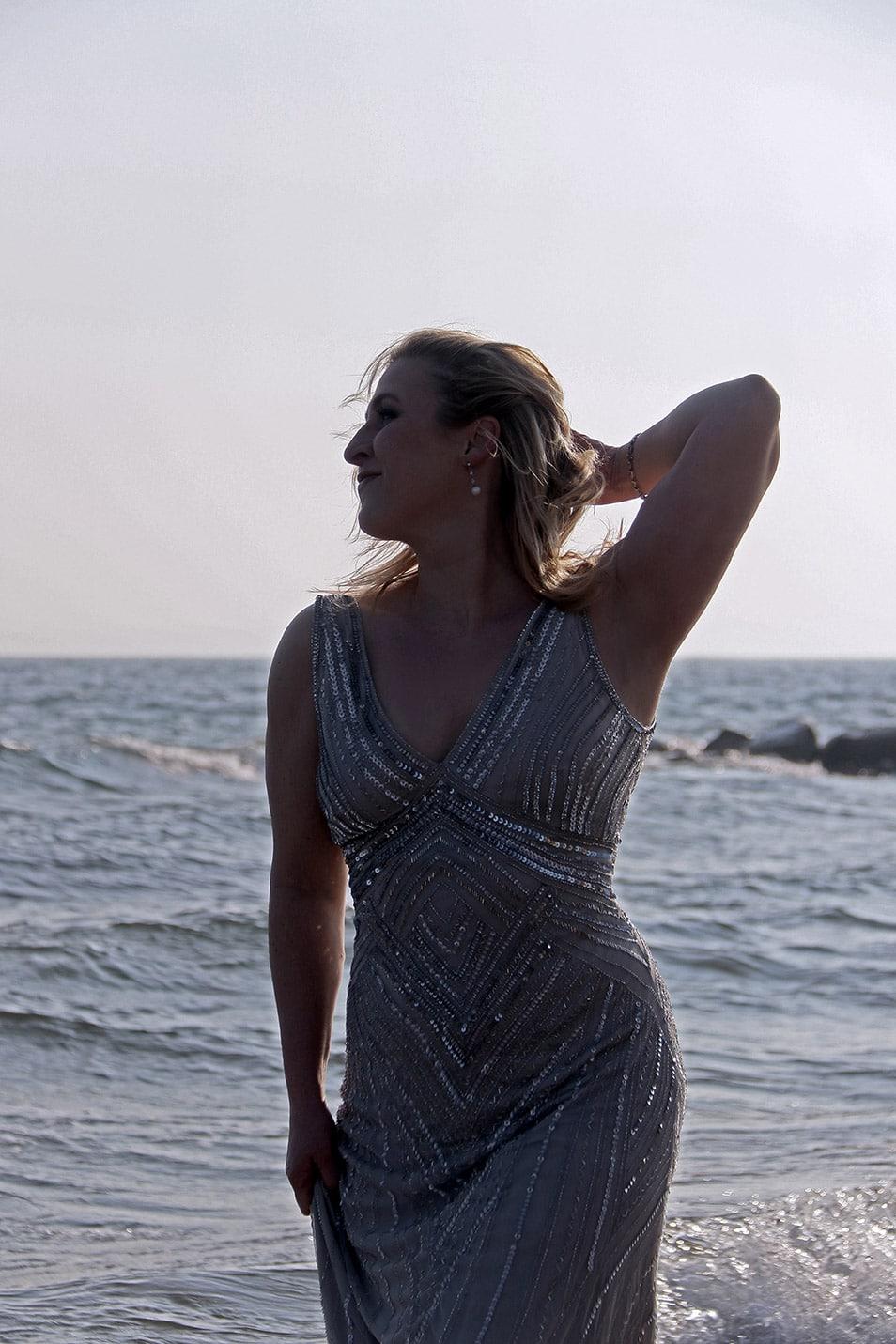 Silvester Outfit Abendkleid Pailetten glamour Relana Dombetzki ALDO Magazin