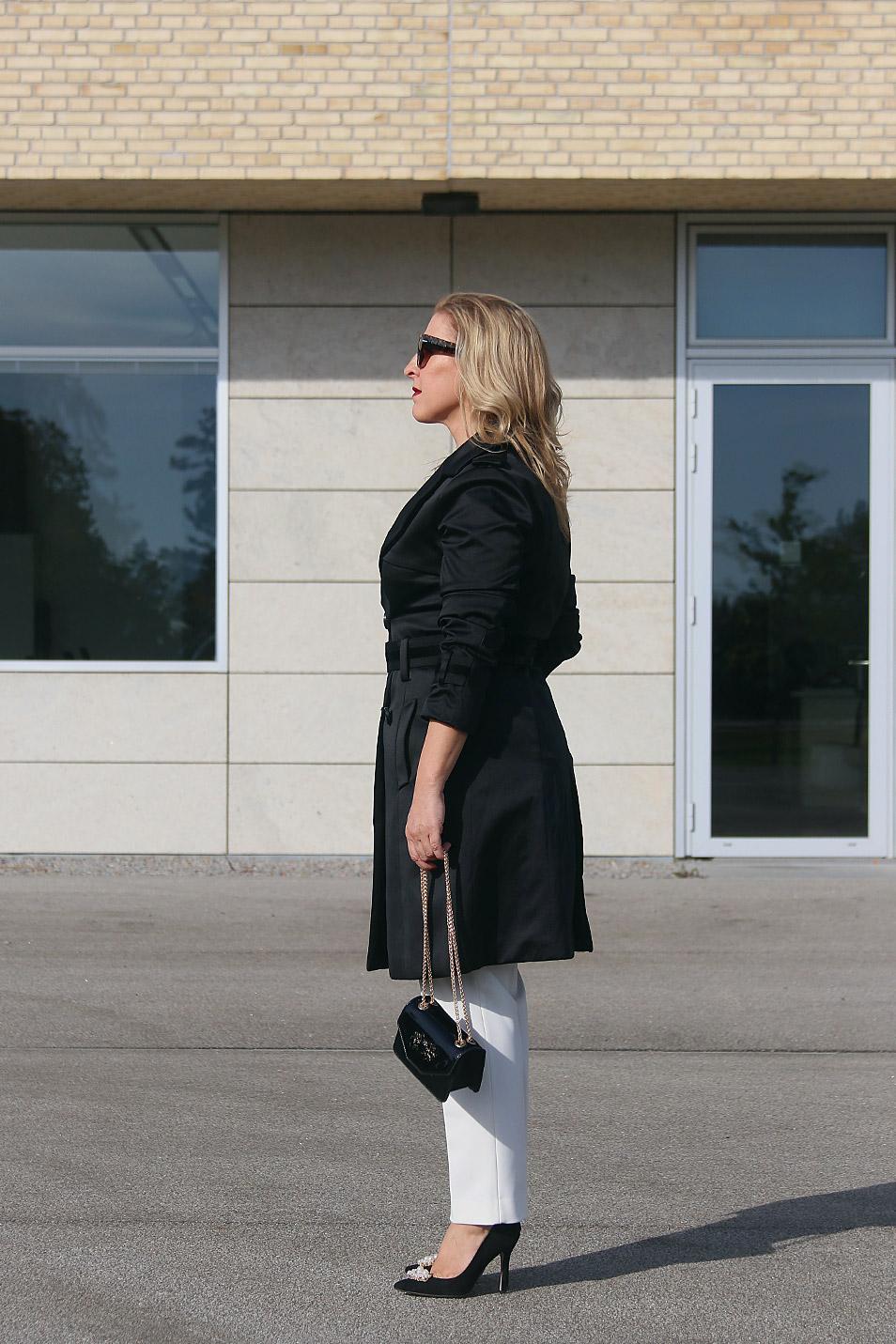 Trenchcoat Outfit Relana Dombetzki ALDO Magazin