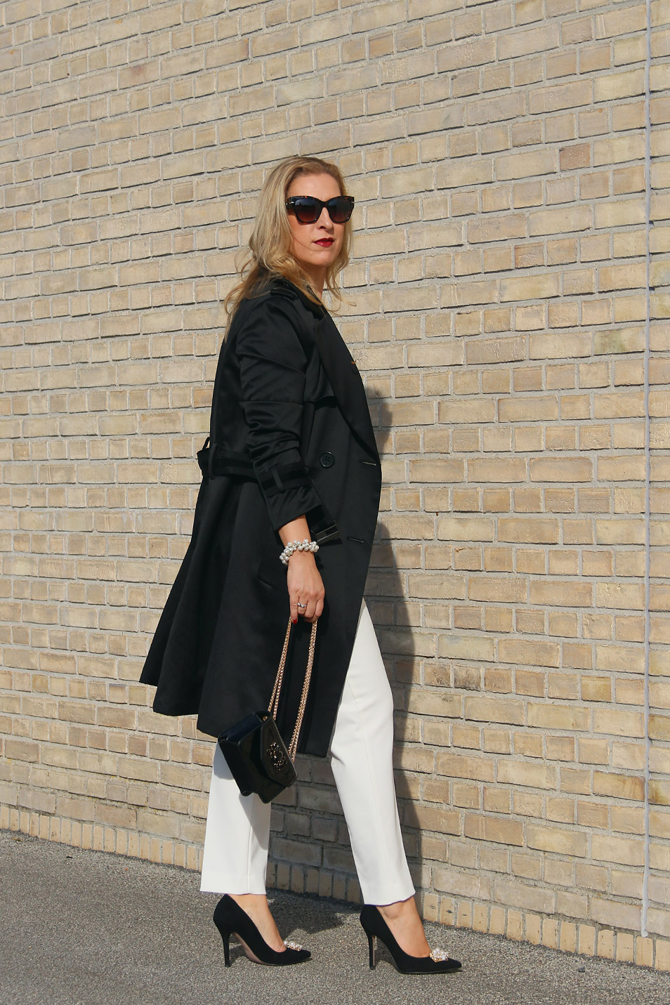 Trenchcoat Styling Outfit Relana Dombetzki ALDO Magazin